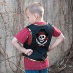 Veste pirate et cache œil / 5-6 ans
